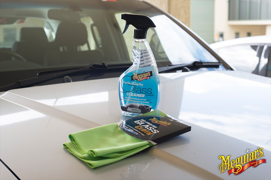 How to Clean Car Windows with ease